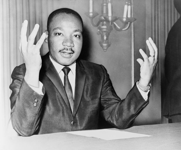 800px-Martin_Luther_King_Jr_NYWTS_6